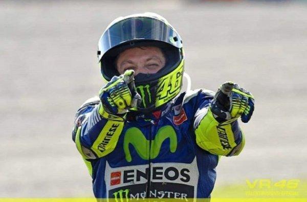 rossi_motociclismo_balon_central