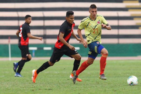 colombia_sub_23_vs_peru_balon_central