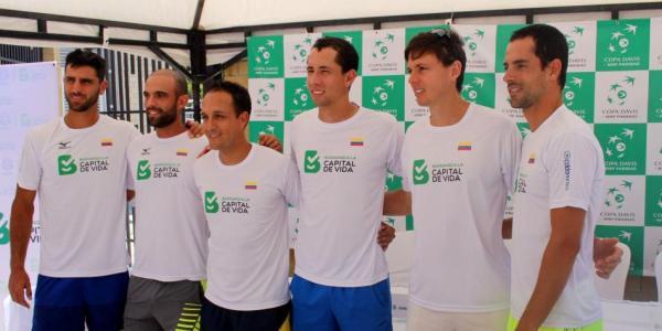 fedecoltenis_tenis_copadavis_colombia_balon_central