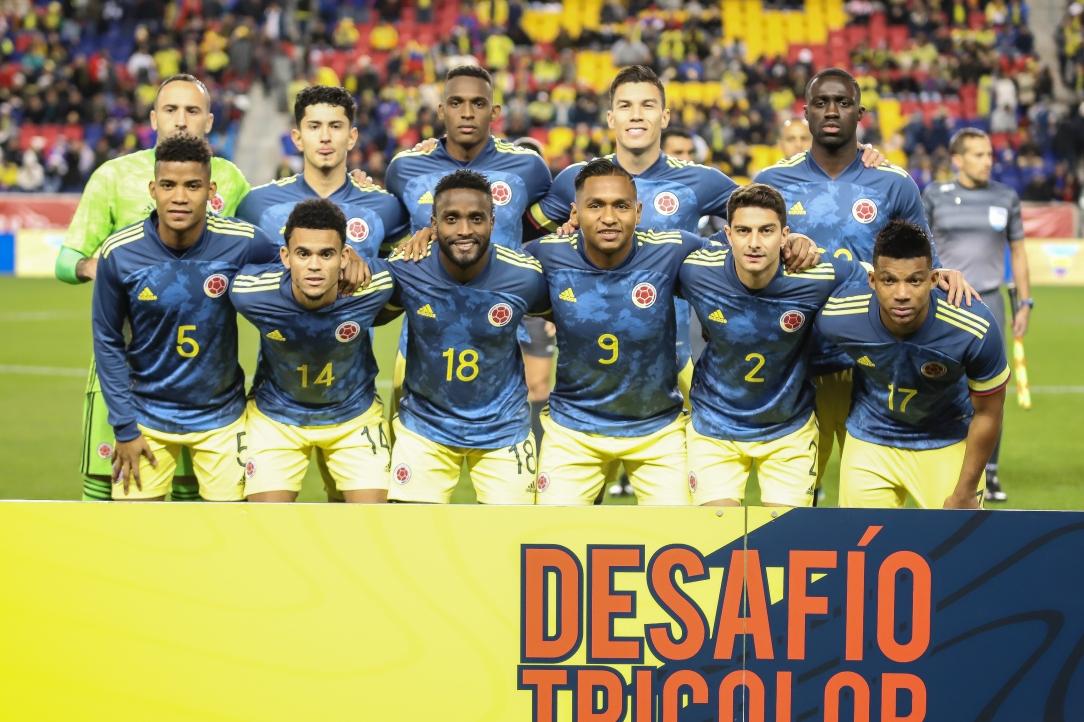 seleccion colombia nuevo uniforme.jpg