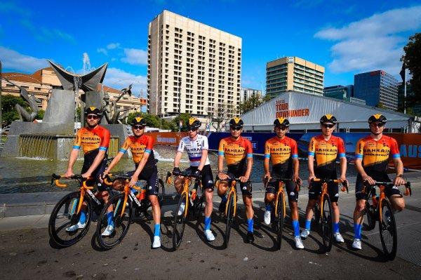 bahrain_mclaren_buitrago_escarabajo_ciclismo_tdu_balon_central
