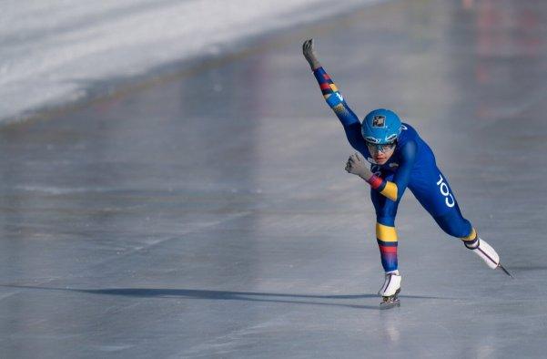 patinaje_diegoamaya_jjoo_juventud_invierno_balon_central