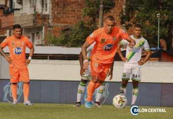 Neyder Moreno volvió a vestirse de Naranja. Imagen: Samuel Vásquez - Balón Central