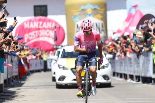 higuita_elite_campeon_2020_ciclismo_balon_central