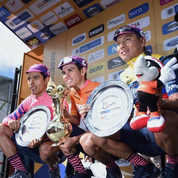 podio_tourcolombia_2020_ciclismo_balon_central