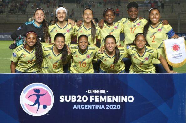 panorama_seleccion_colombia_femenina_sudamericano_sub_20_balon_central